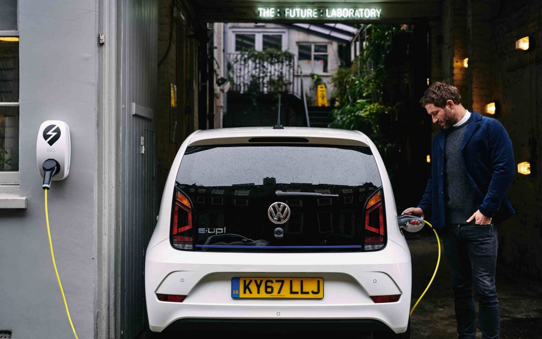 What's the difference between a plug in hybrid electric vehicle (PHEV) and a full battery electric vehicle (EV)?